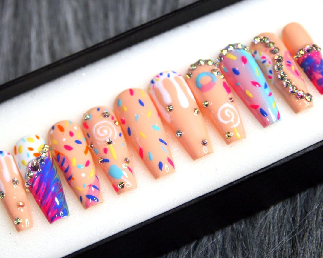 Sprinkles birthday nails set