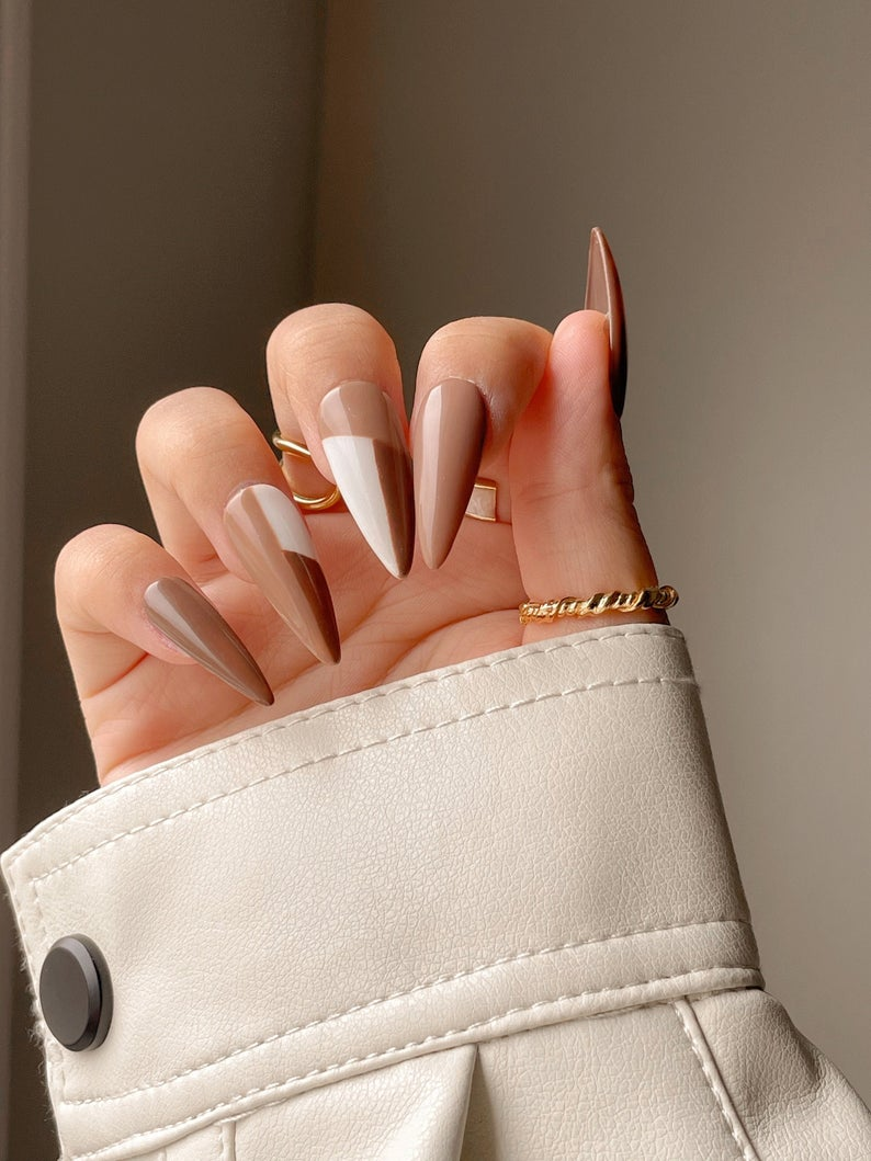 Abstract multicolor brown nails