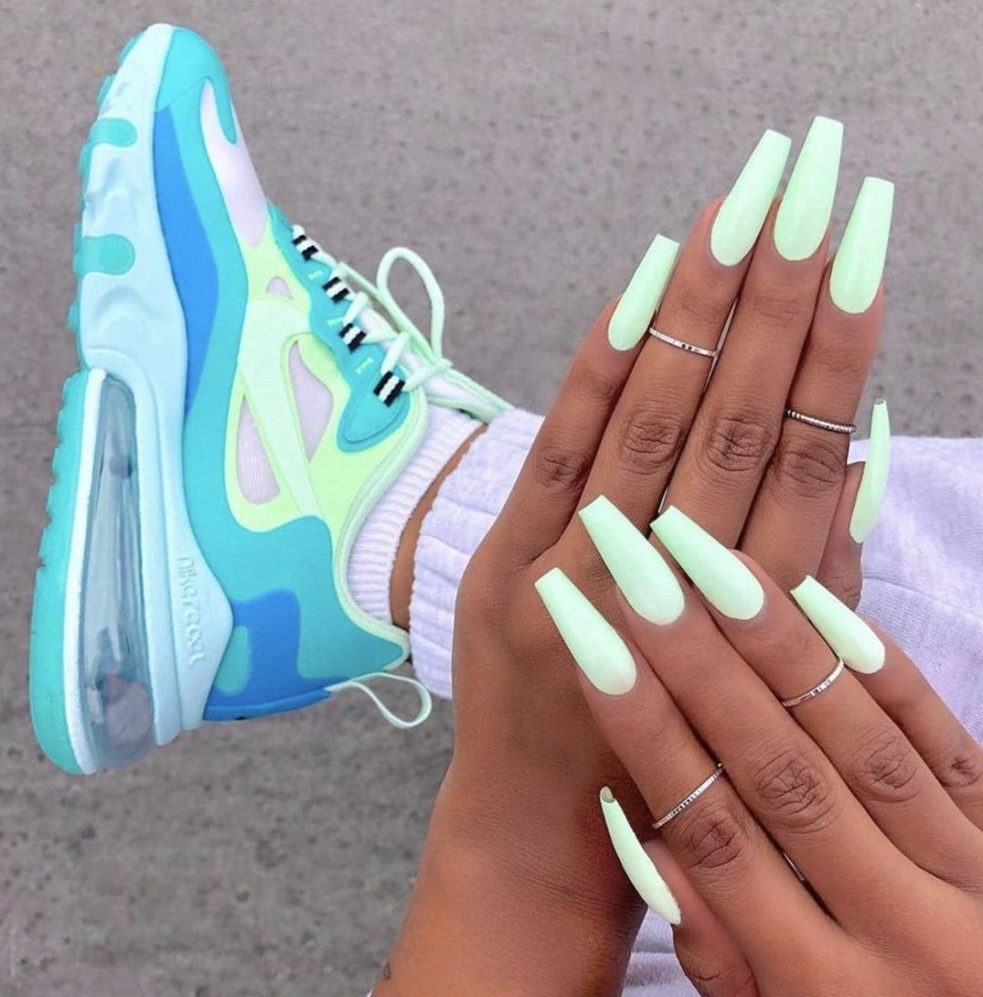 Cute long pastel mint green coffin nails