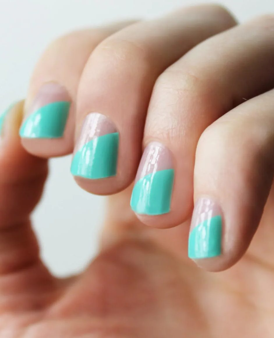 Cute short mint green nails for French tip effect