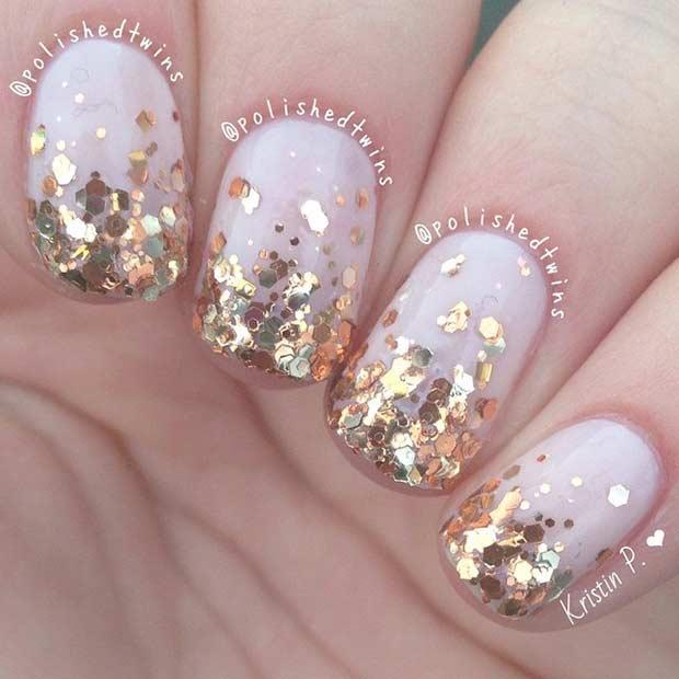 Cute short gold glitter nails
