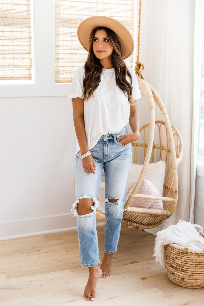 Cute basic outfits with mom jeans