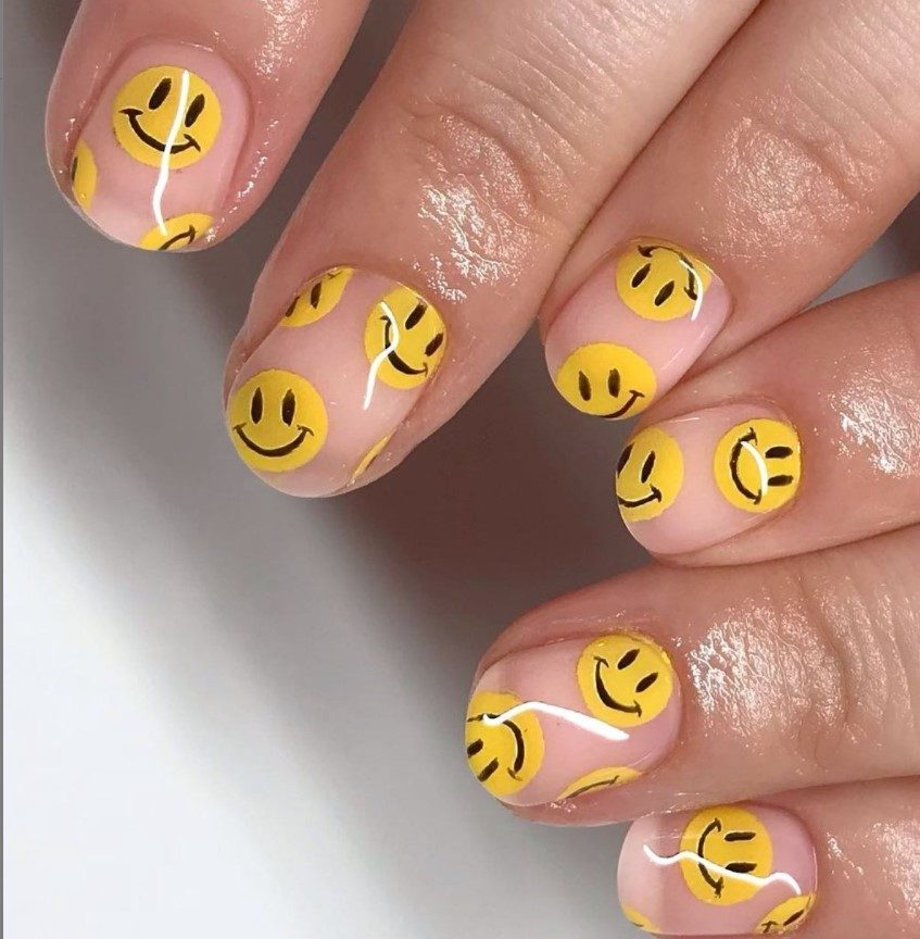 Short clear smiley nails