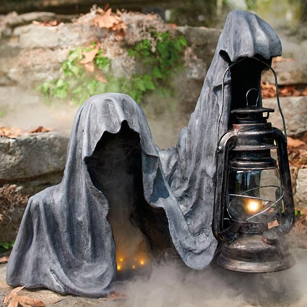 Creepy Grim Reaper Statue
