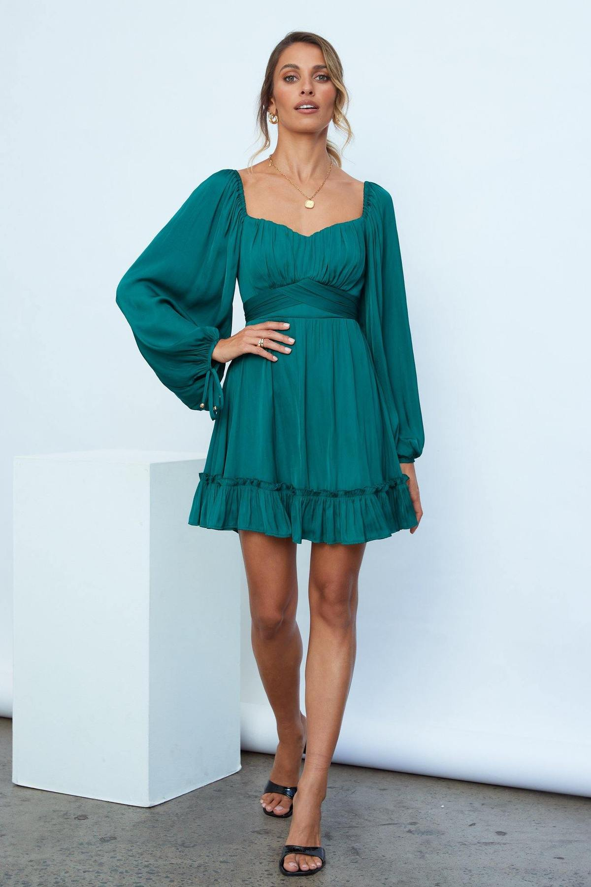 What To Wear To A Celebration Of Life: Emerald green dress