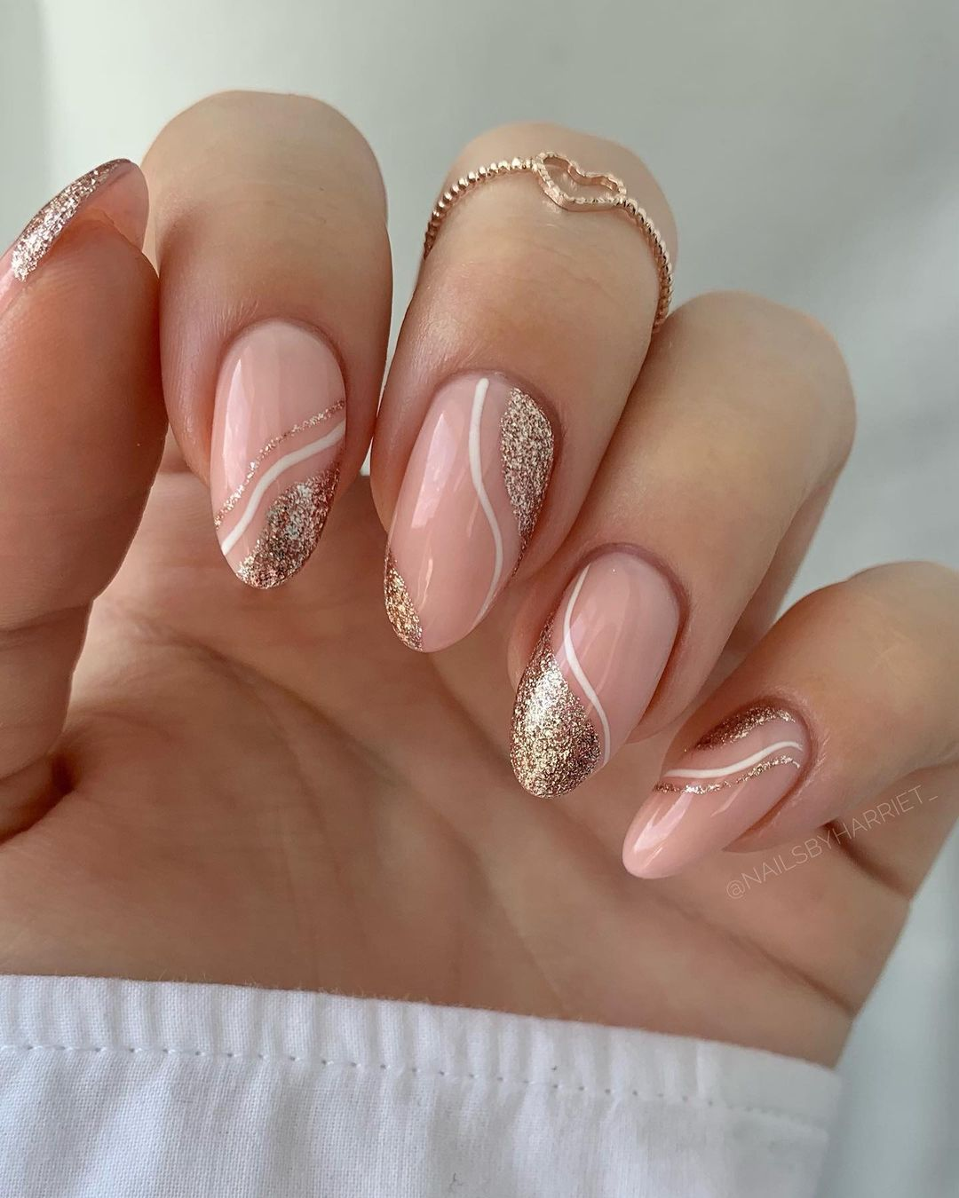 Rose gold nails with glitter