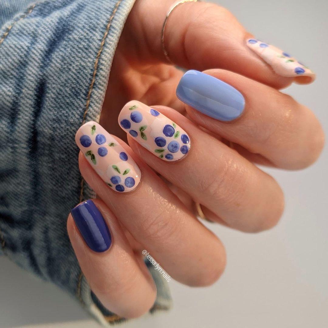 Blueberry fruit nails