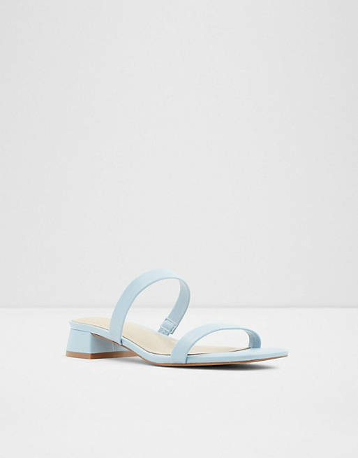 What Color Shoes To Wear With A Navy Dress: Light blue sandals
