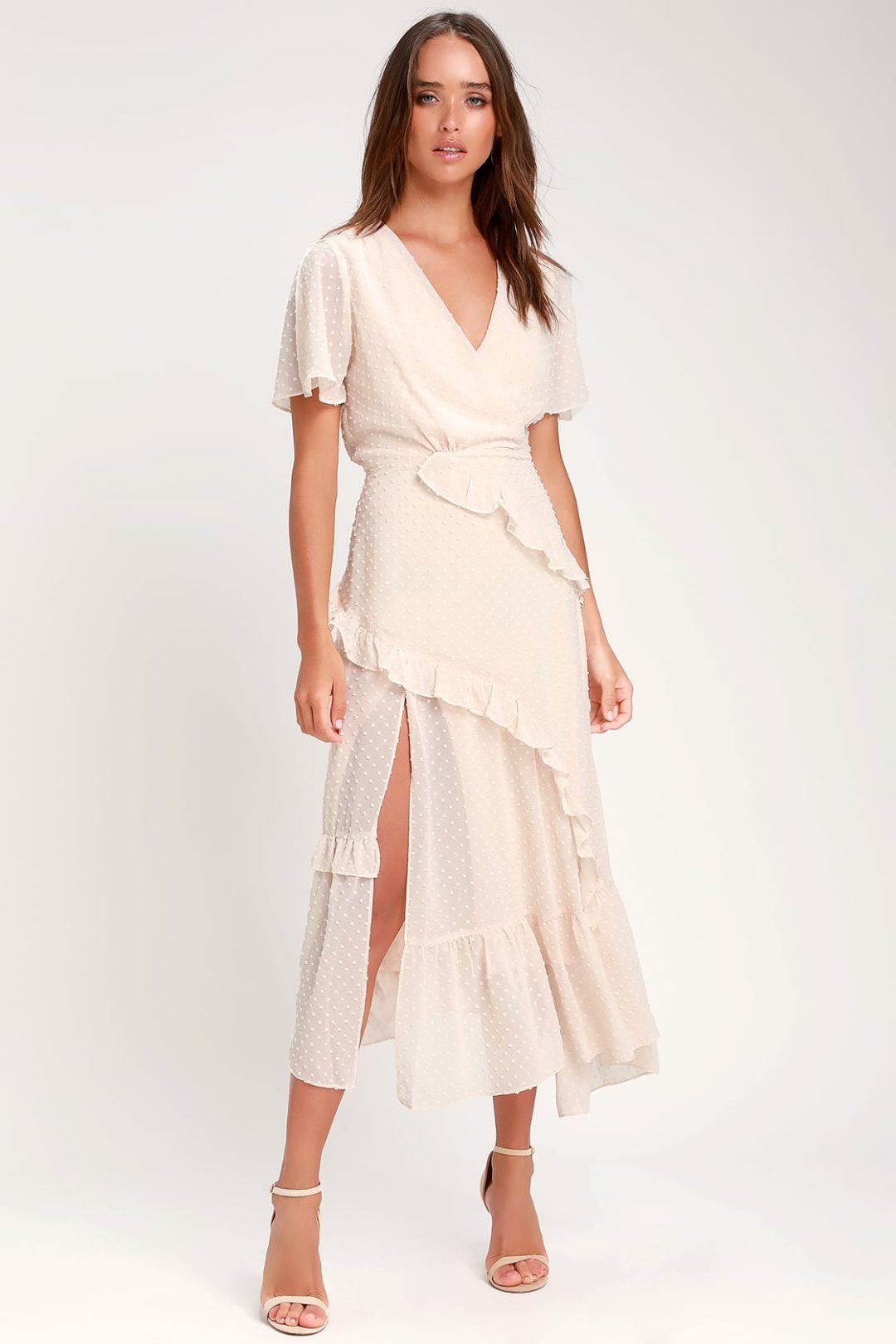 What To Wear To A Celebration Of Life: Ruffled maxi dress with sleeves