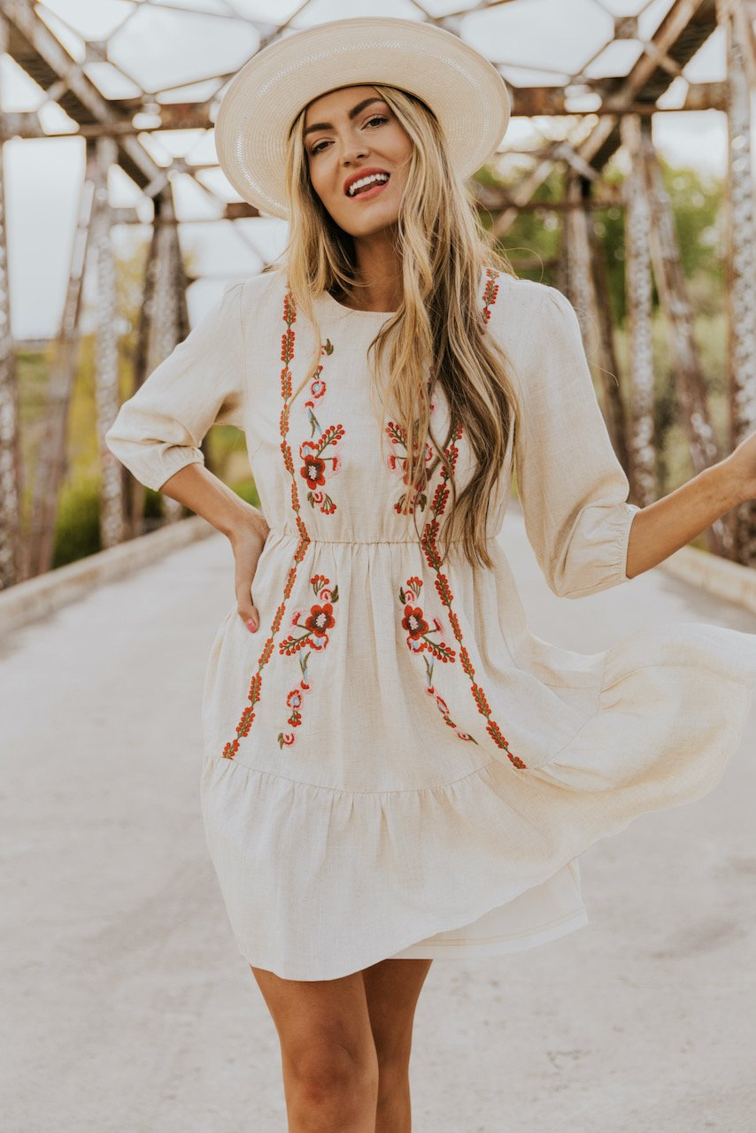 What To Wear To A Country Music Festival: Cute boho floral dress