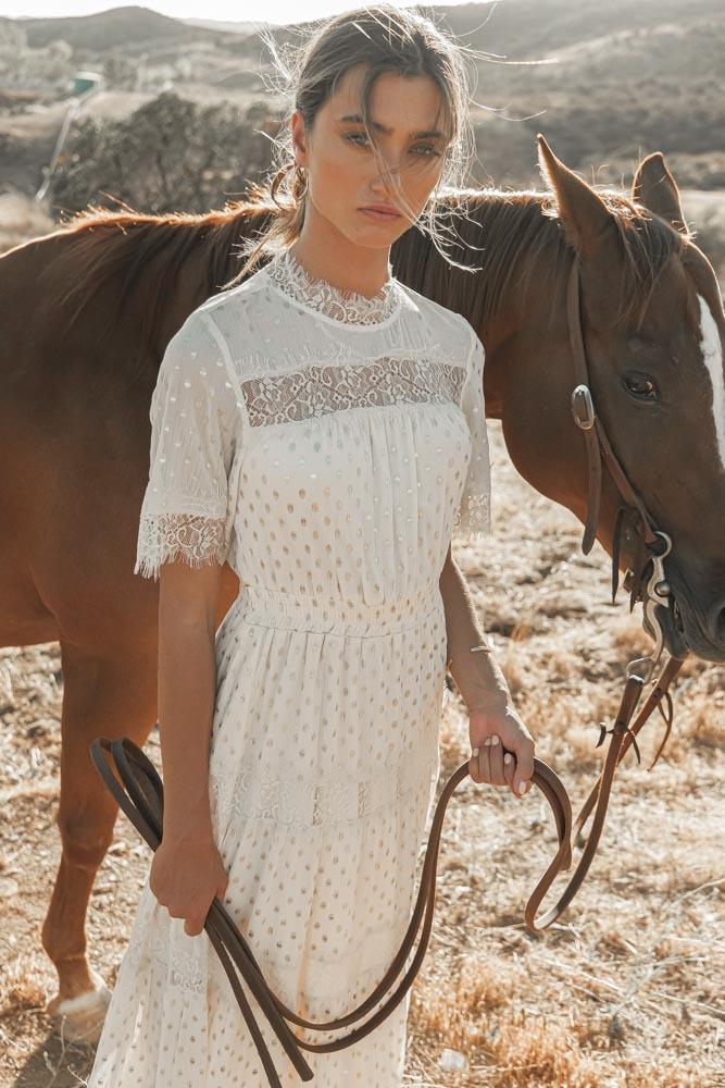 Boho Outfits: White dress