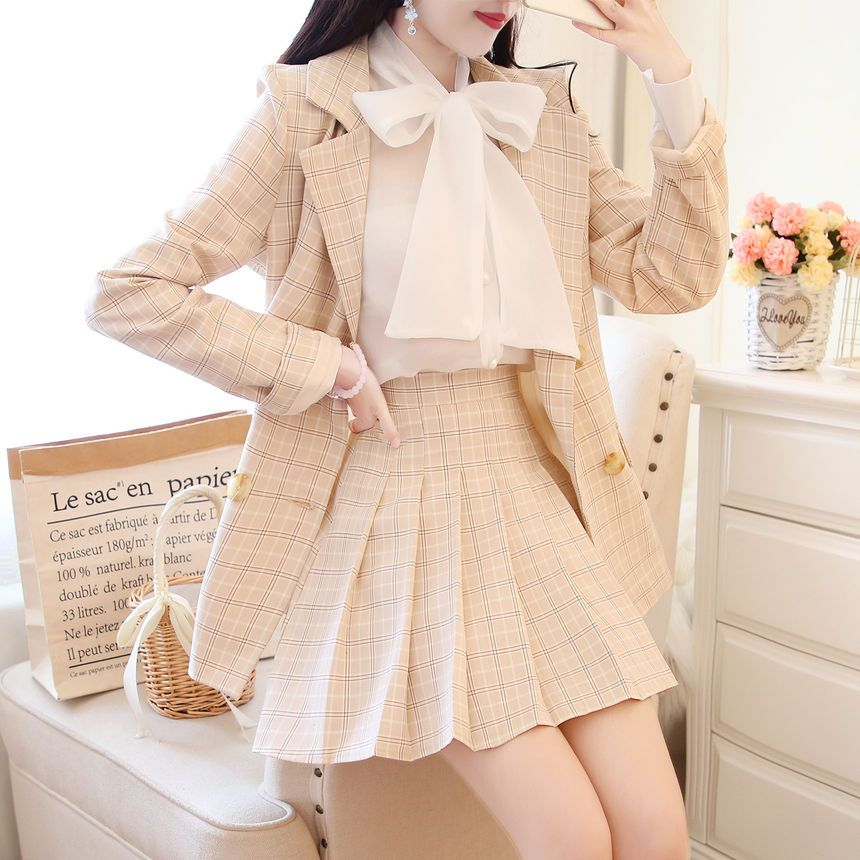 Light Academia Outfits: Plaid blazer and skirt with white blouse