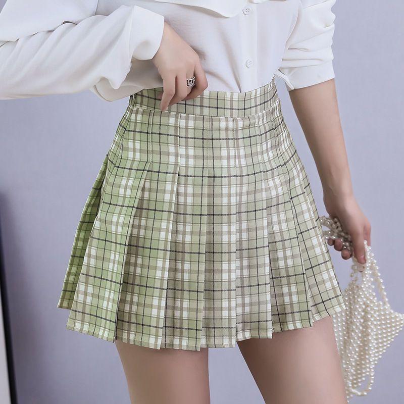 Pastel green pleated plaid skirt