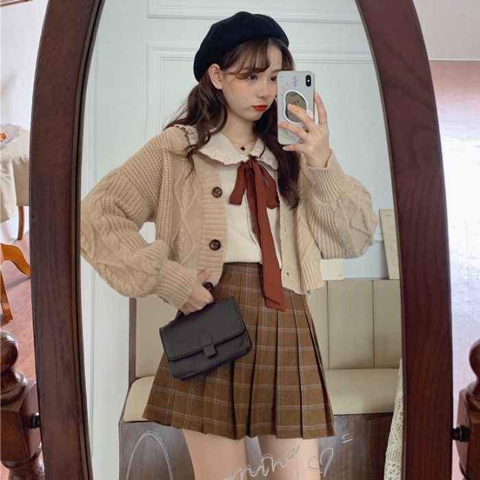 Light Academia Outfits: Plaid pencil skirt with cardigan