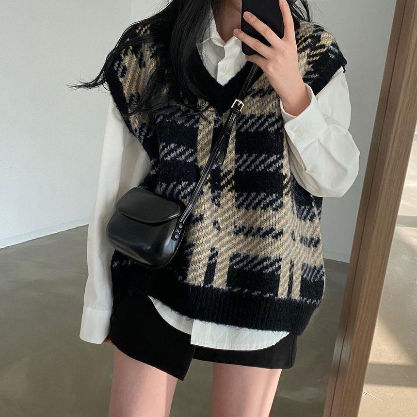 Plaid print sweater vest