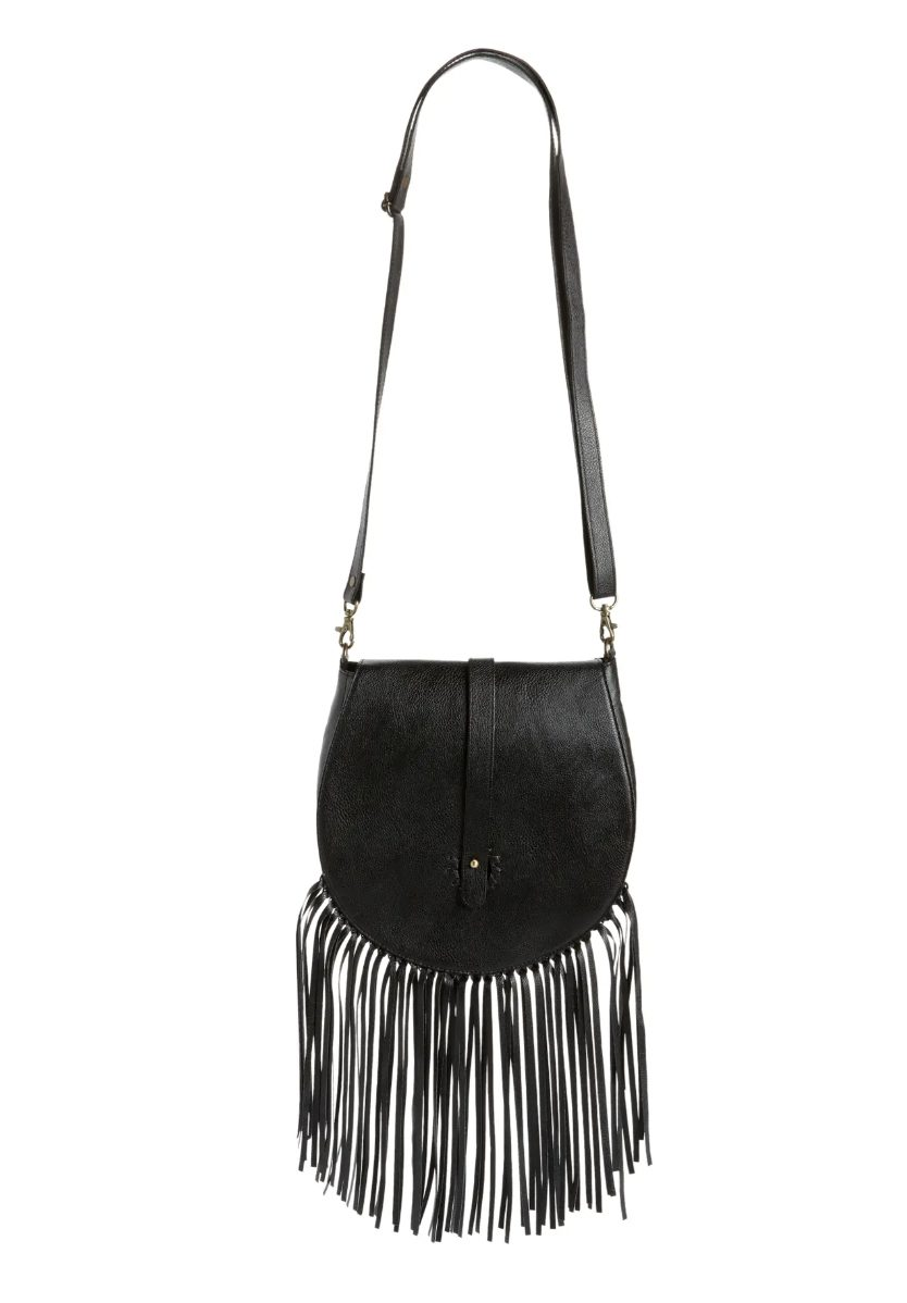 What To Wear To A Country Music Festival: Fringed crossbody bag