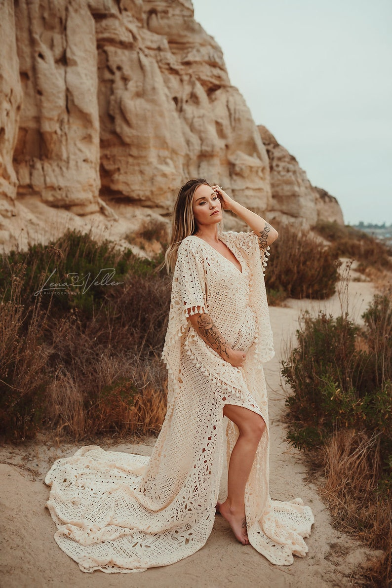 Bohemian white lace maternity gown for photos