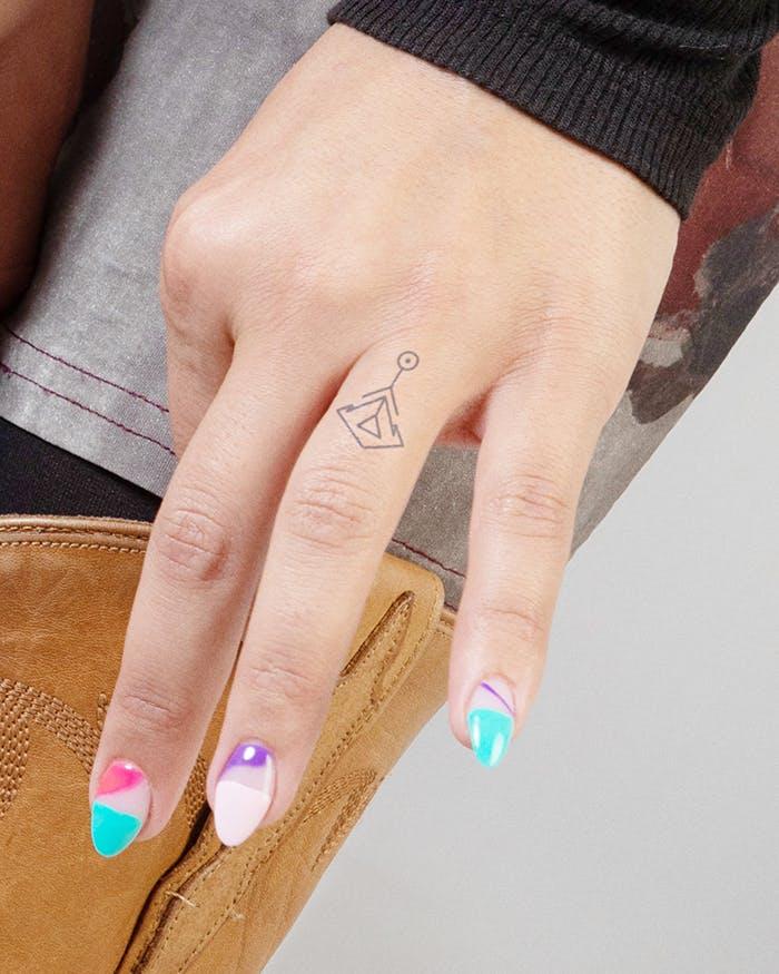 Finger tattoo ideas for females: Tribal