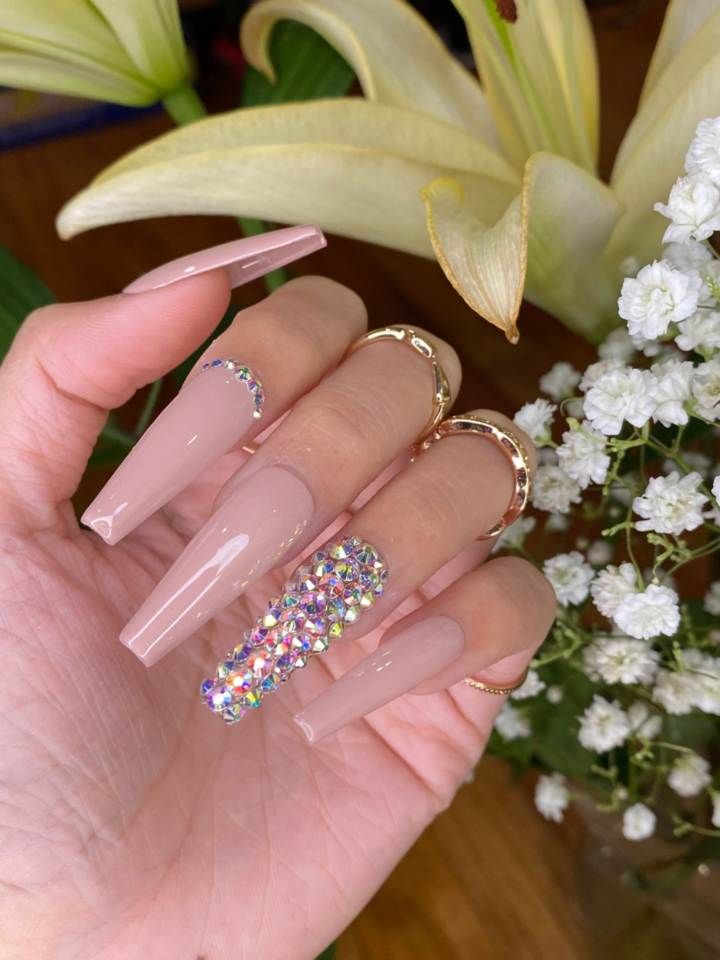 Long nude coffin nails with rhinestones