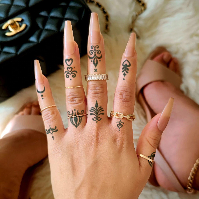 Cute small finger tattoo set