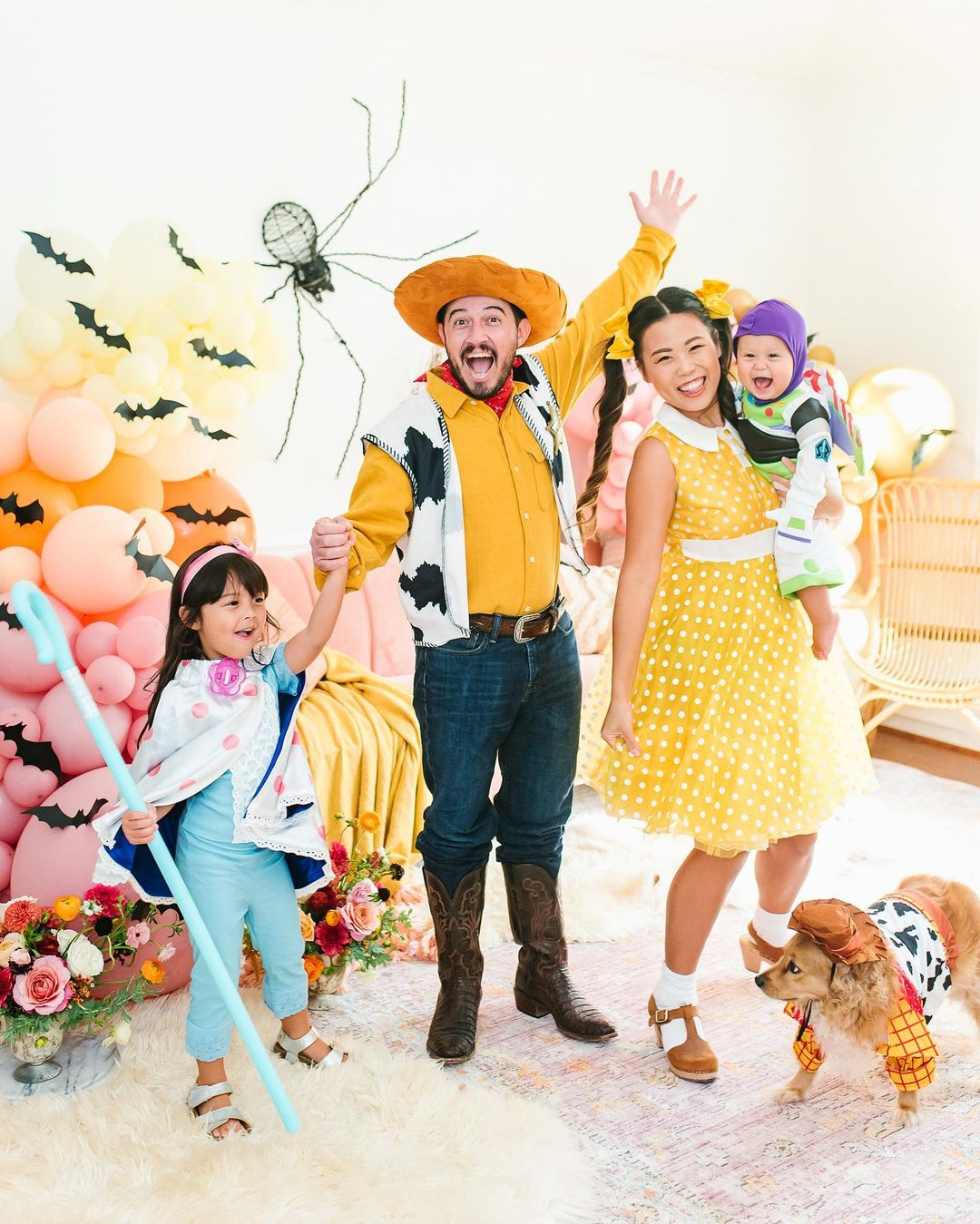 Toy Story family Halloween costume for 4