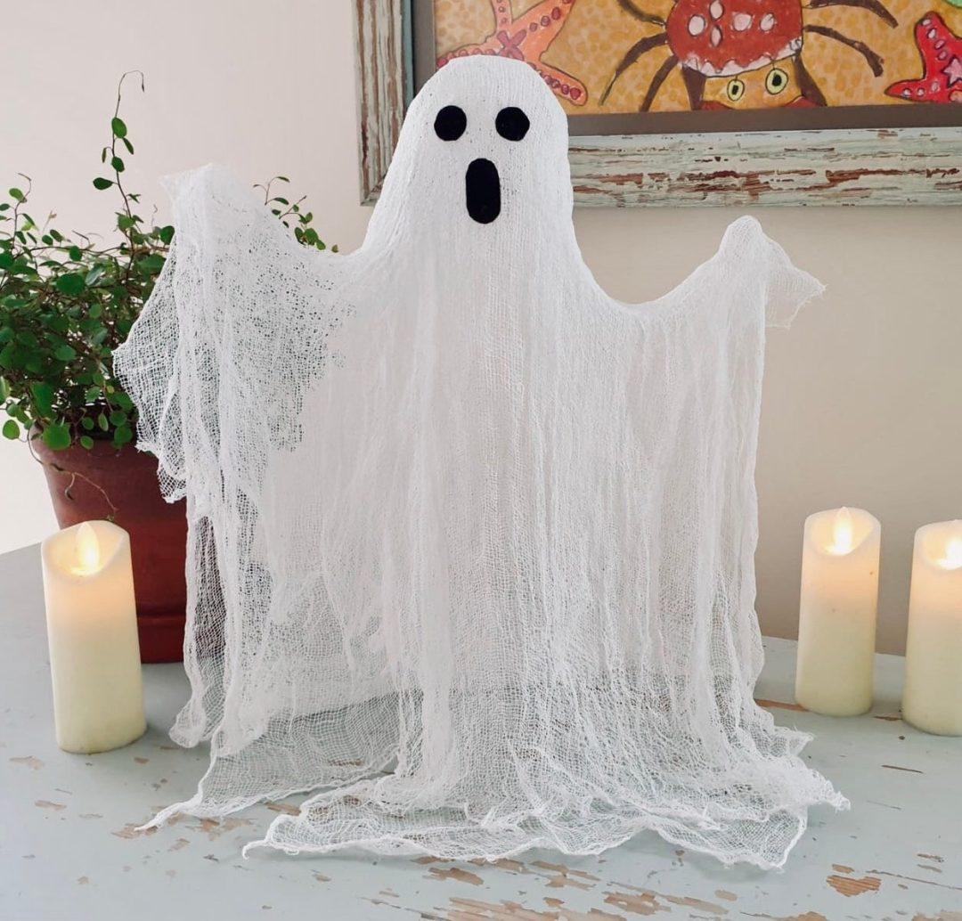 Freestanding Ghost Halloween indoor decor