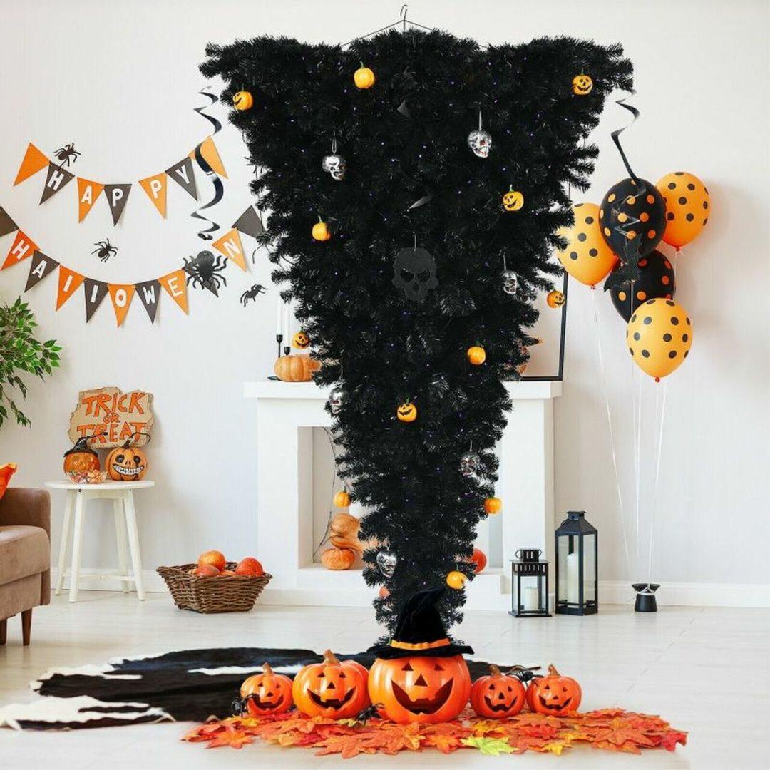 Black upside down Halloween tree