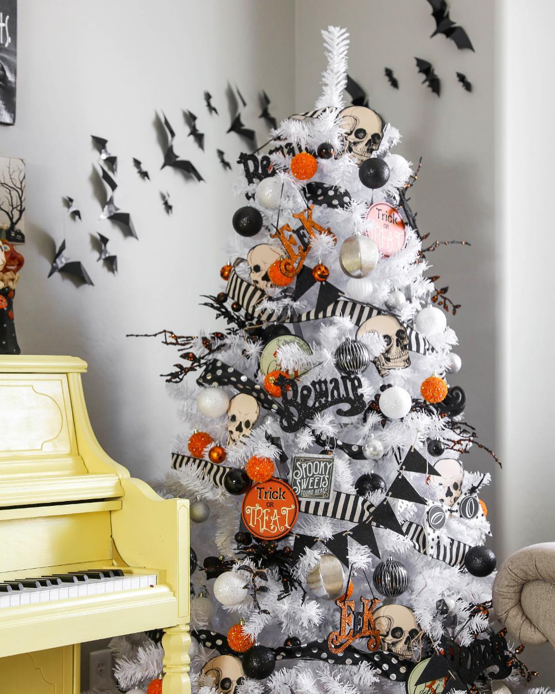 Black and white Halloween tree with skulls and bats