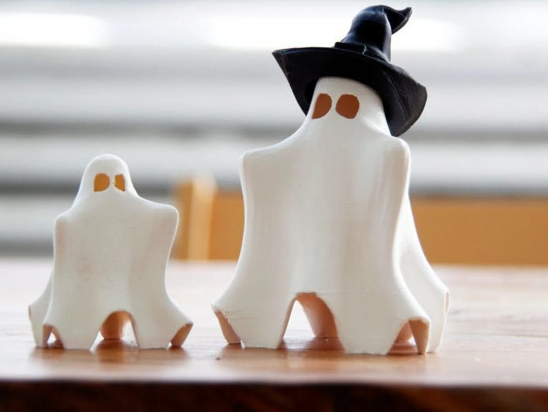 Glow In The Dark Ghost Family