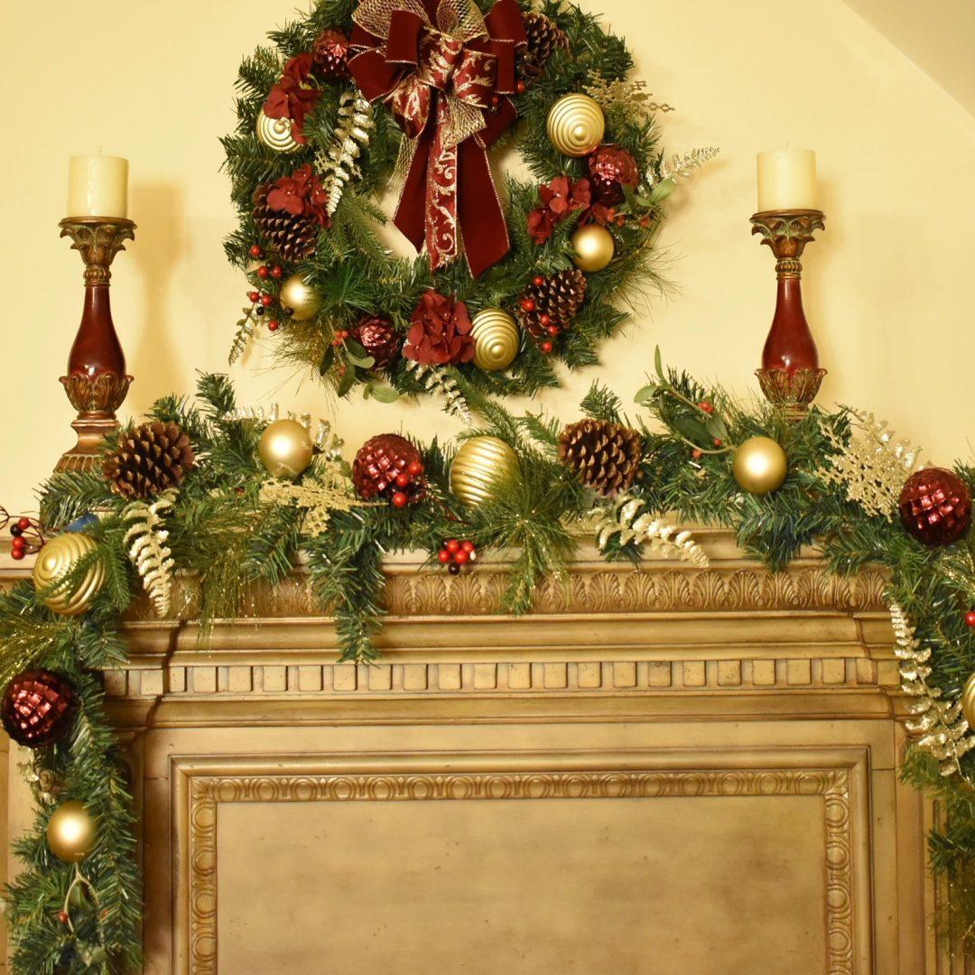 Burgundy & Gold Christmas Garland