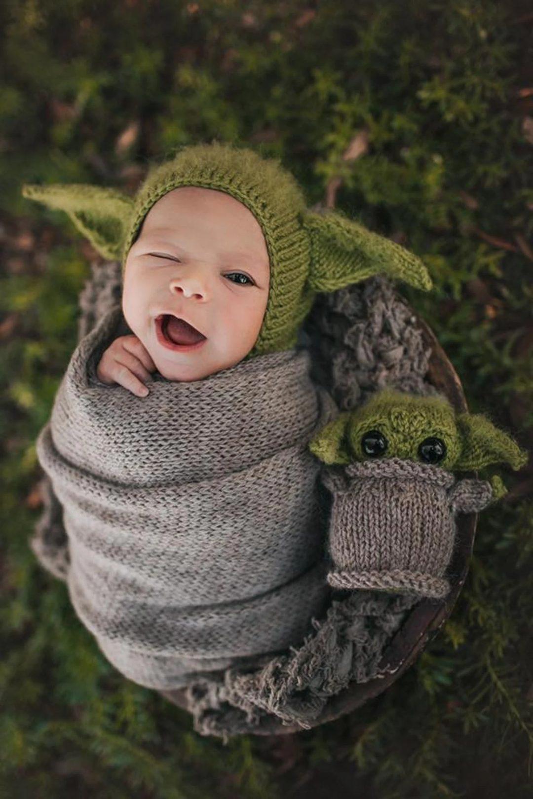 Best Newborn Halloween Costumes: Baby Yoda