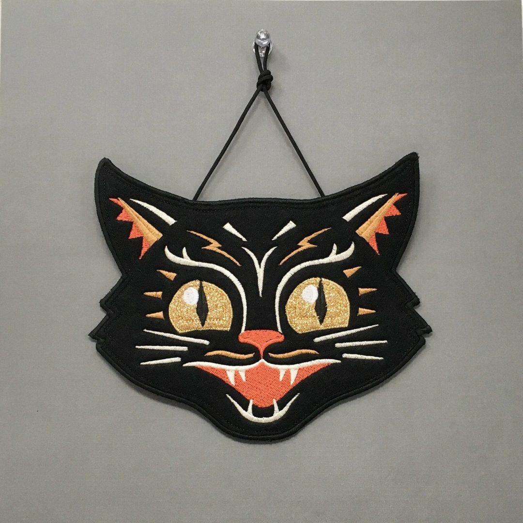 Spooky Cat Fabric Banner for best indoor Halloween decorations