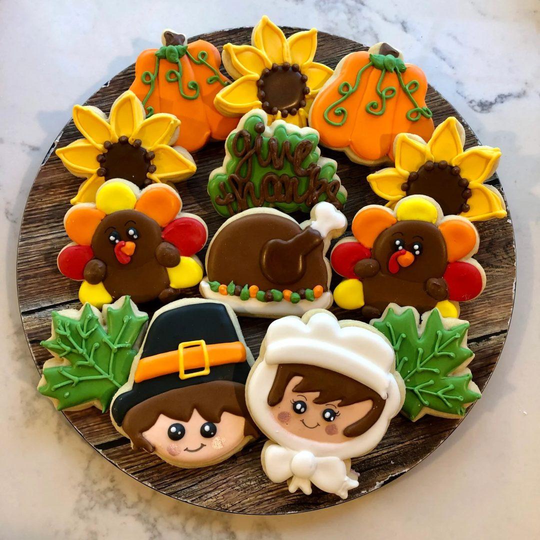 Bright Thanksgiving Sugar Cookies