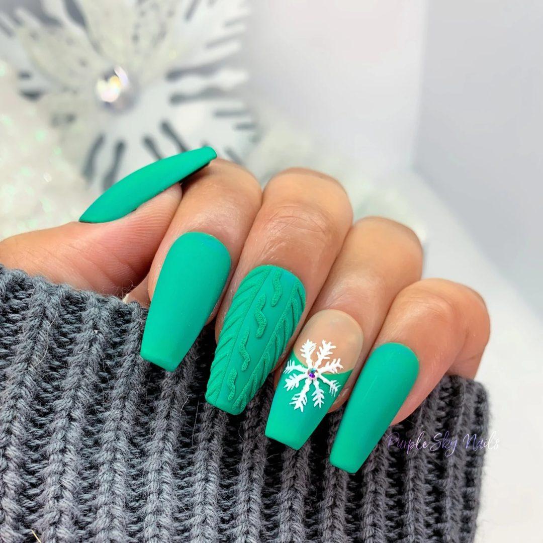 Matte green christmas sweater nails