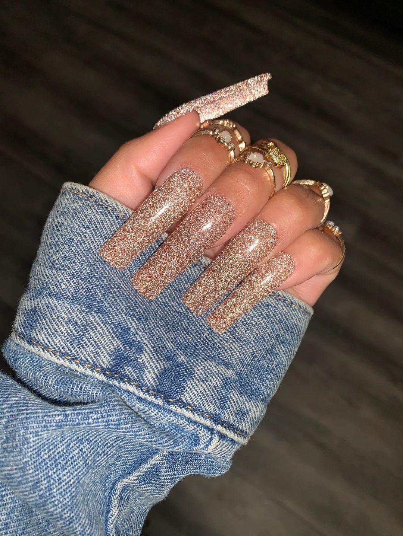 Glitter square nails