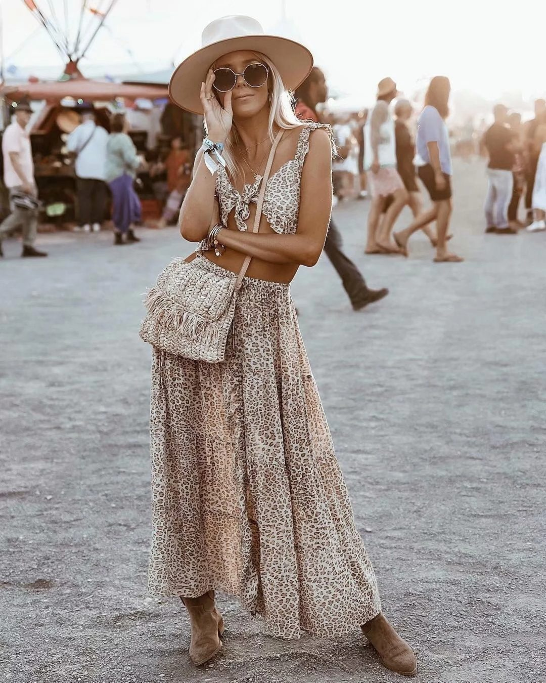 Top and maxi skirt printed