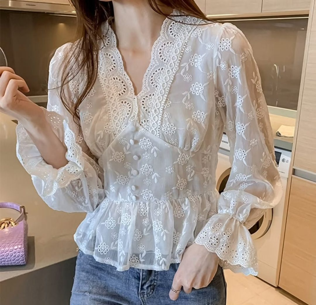 Light Academia Outfits: Eyelet lace blouse
