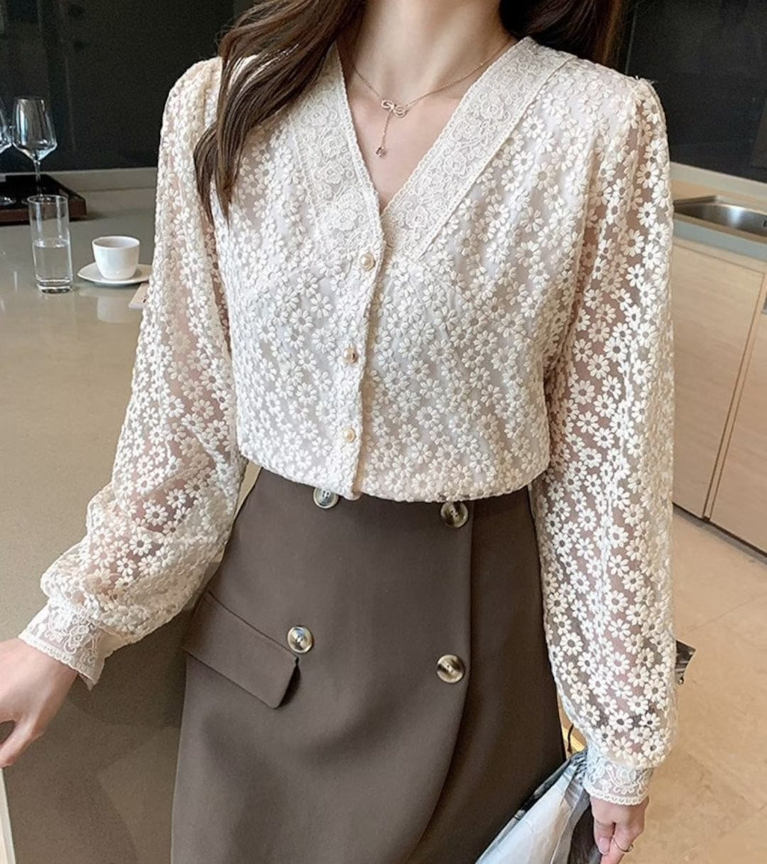 Light Academia Outfits: Floral lace blouse