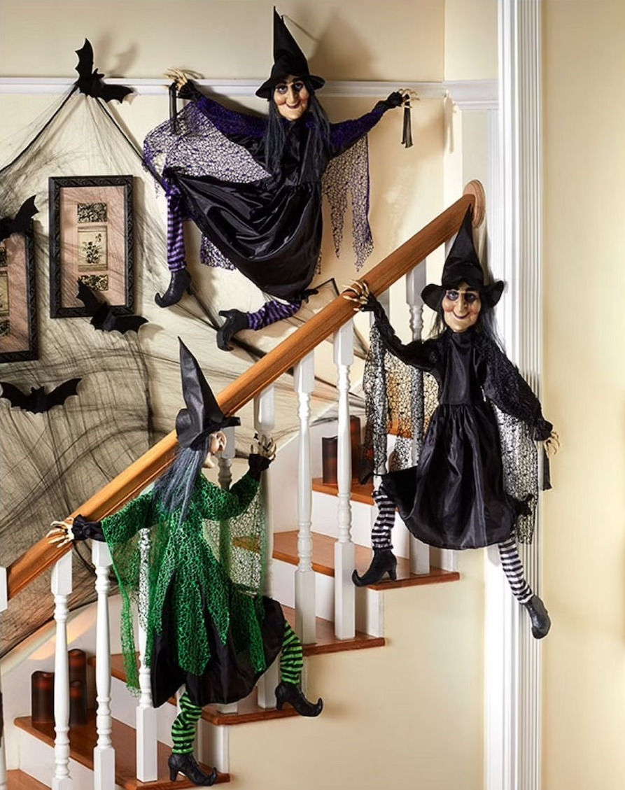 Scaling Witches Figurines for Halloween stairs
