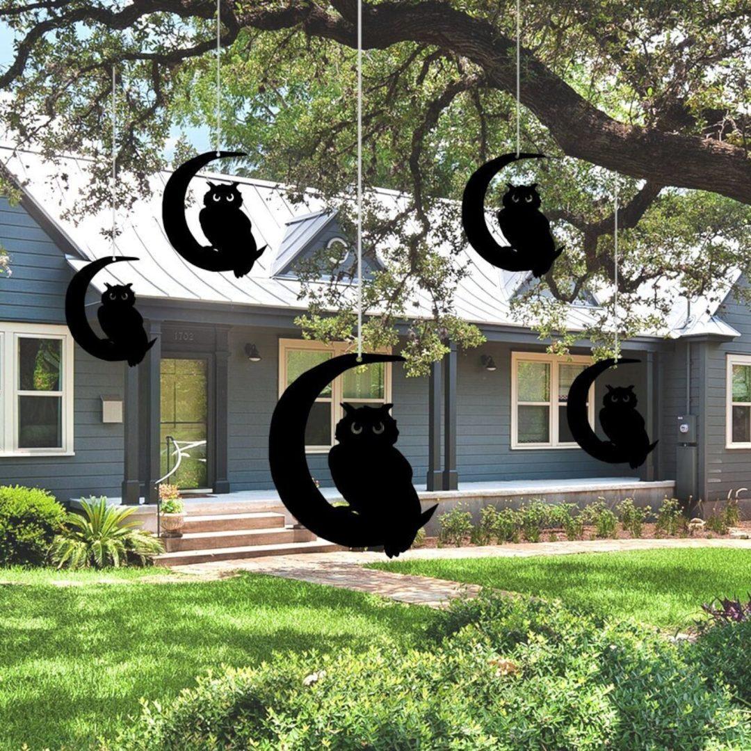 Black Hanging Owls