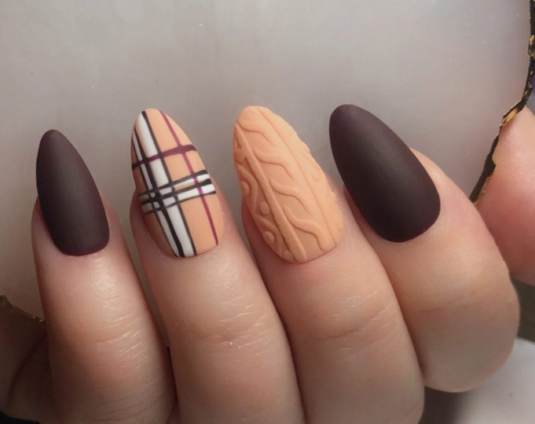 Brown plaid sweater nails