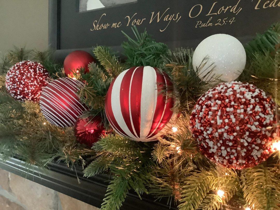 Peppermint Christmas Mantel