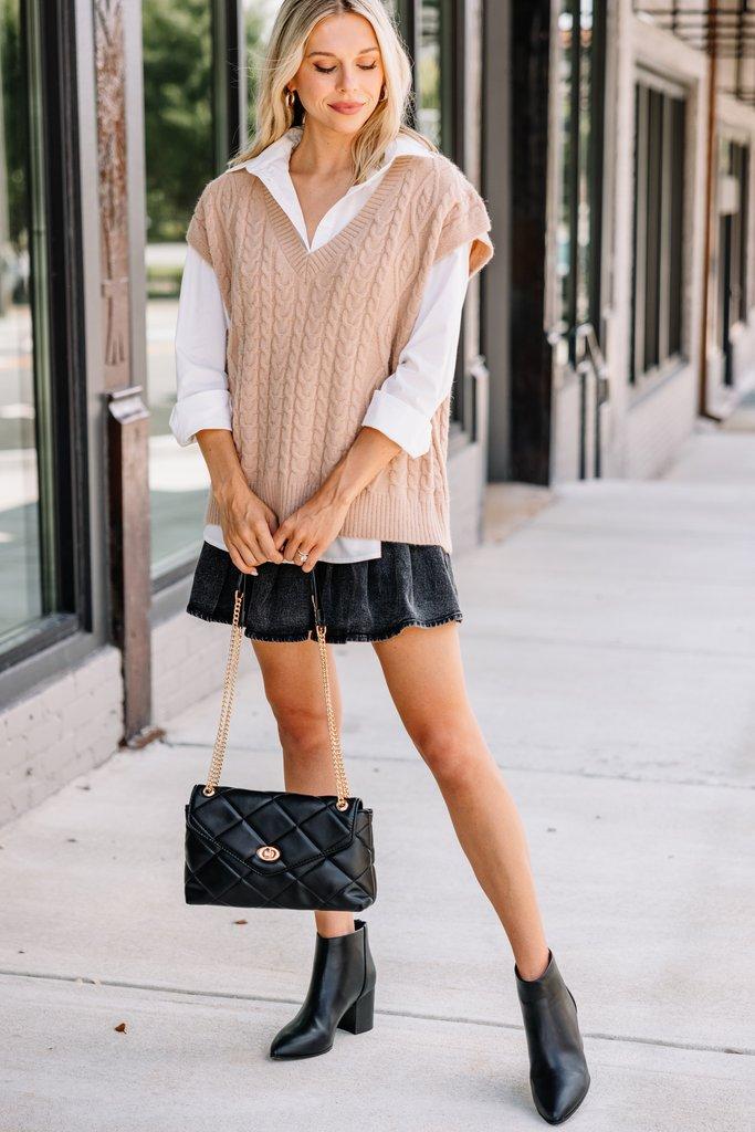 Cut beige sweater vest outfit