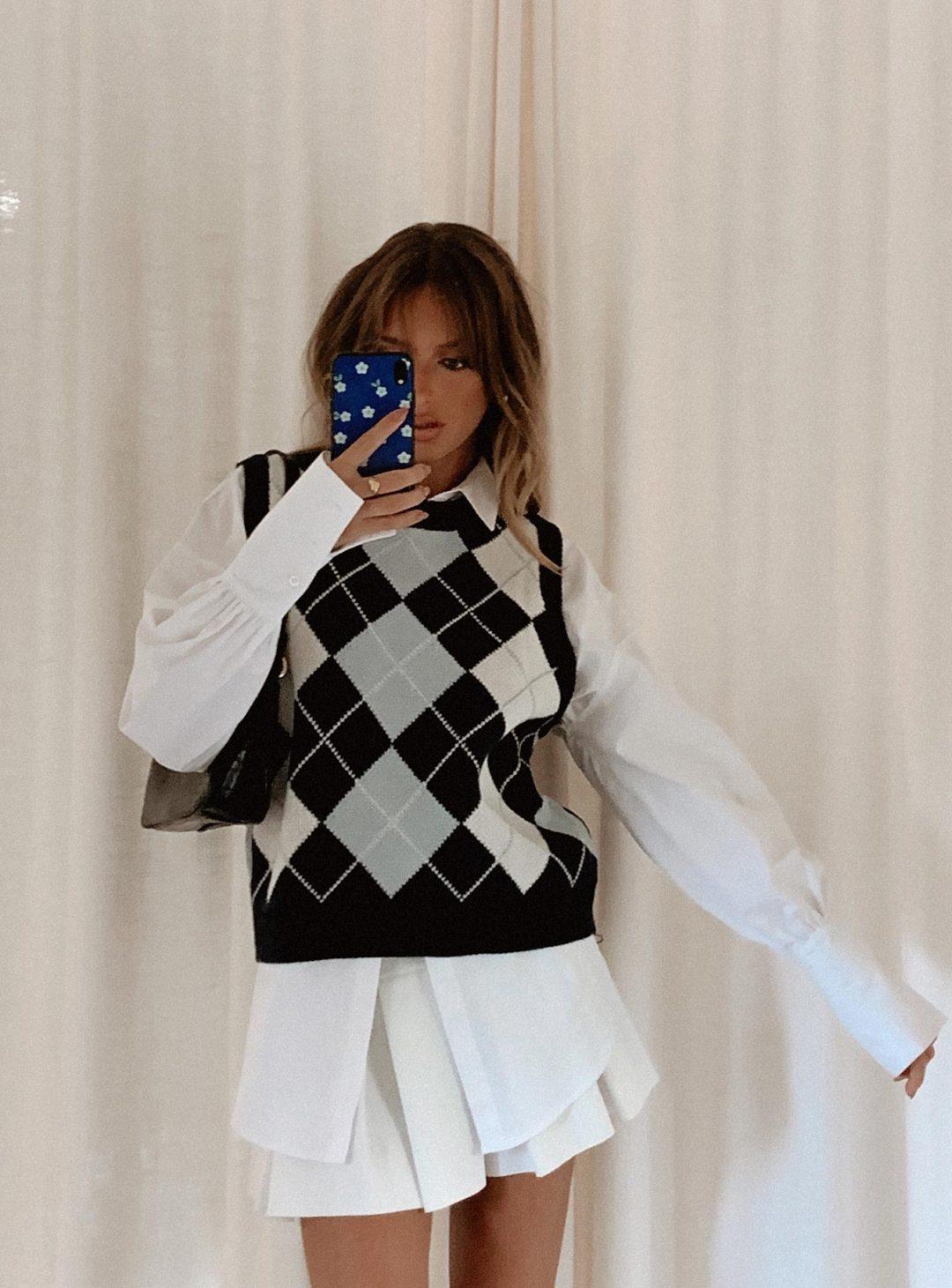 Dark blue argyle print sweater vest outfit