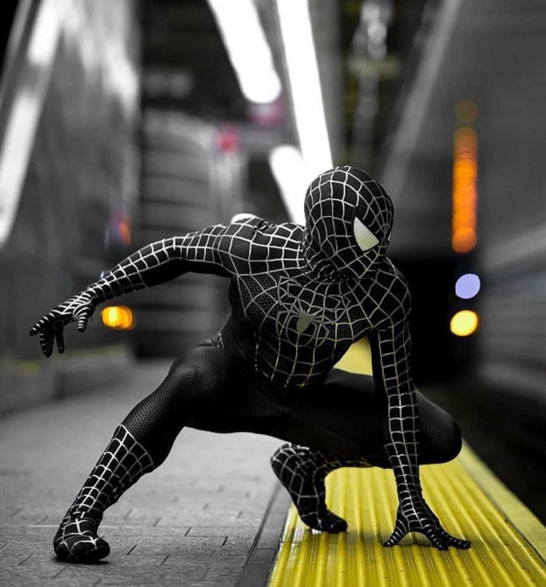 Black spiderman Halloween costume for men