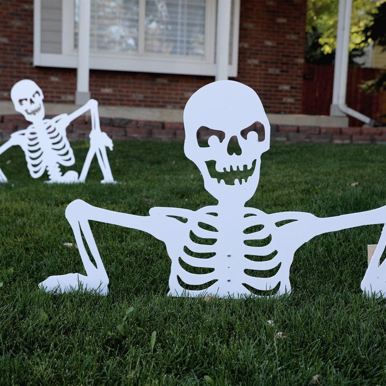 Halloween Skeleton Yard Art