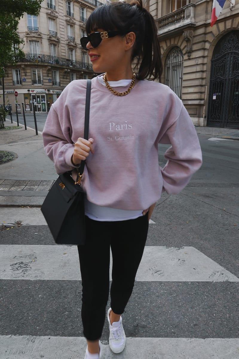 Cute pink sweatshirt outfit