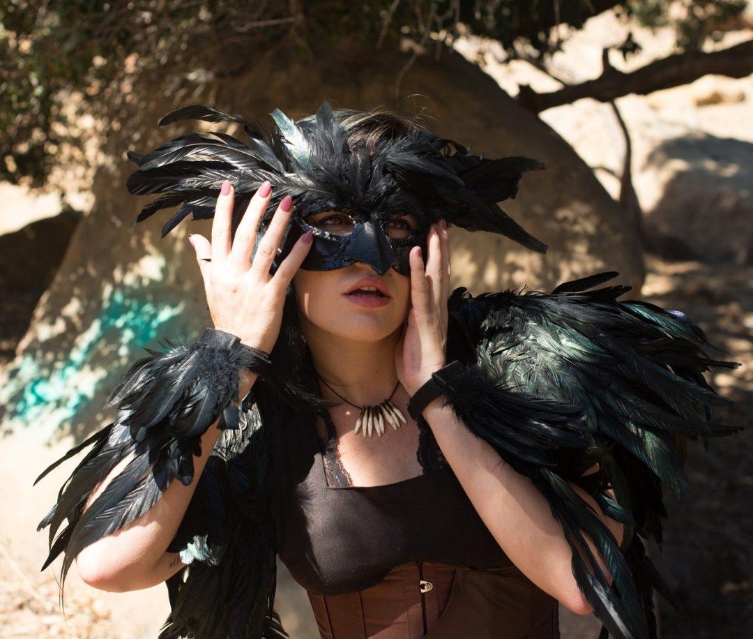 Black Raven Halloween costume for women