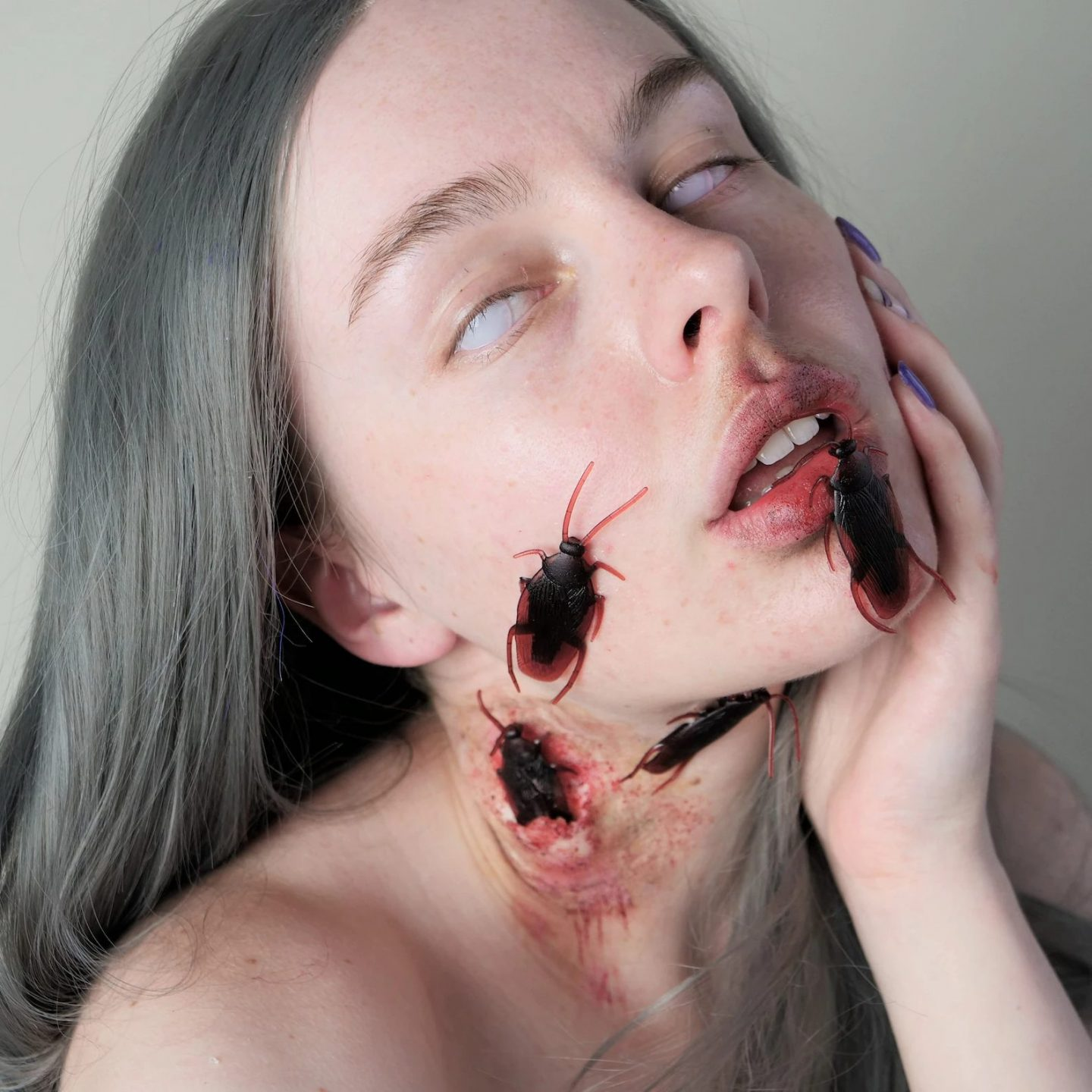 Cool and scary cockroach Halloween makeup look