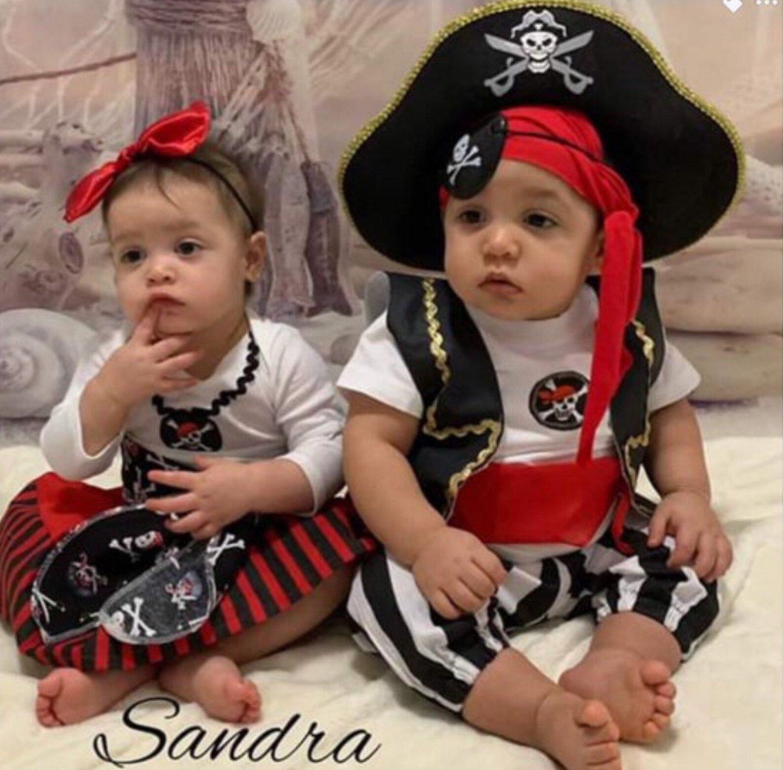 Cute pirates costume for siblings